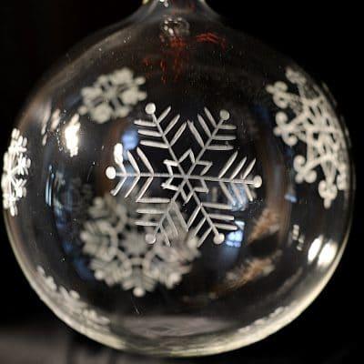 Glaskugel Schneeflocke